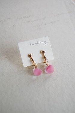 画像1: ガラスビースのイヤリング -pink-